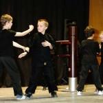 démonstration kung fu d'enfants