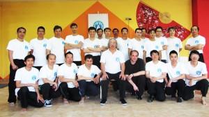 Grand Maître Nguyen Ngoc Noi, Sifu Eric Niel et les instructeurs de l'école Vietnam Vinh Xuan Noi Gia Quyen